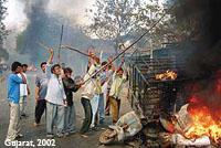 guajrat-pembantaian-2000-muslim